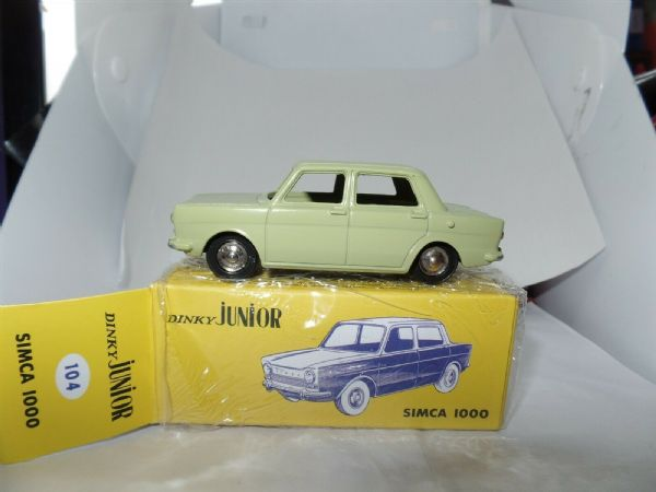Atlas French Dinky 104 Simca 1000 Light Green